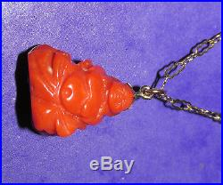 BEAUTIFUL SECONDHAND9ct GOLD RED CORAL BUDDHA CHARM/ PENDANT ON CHAIN 61.5cm