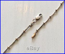 Beautiful Ladies Vintage Two Coloured 9CT Gold Ladies Necklace Chain 19 inch