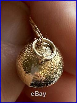 Vintage 9 Ct Kt Gold Acorn On 9 Ct Gold Chain VGC Wt 2.5gms Chain 18.5 length